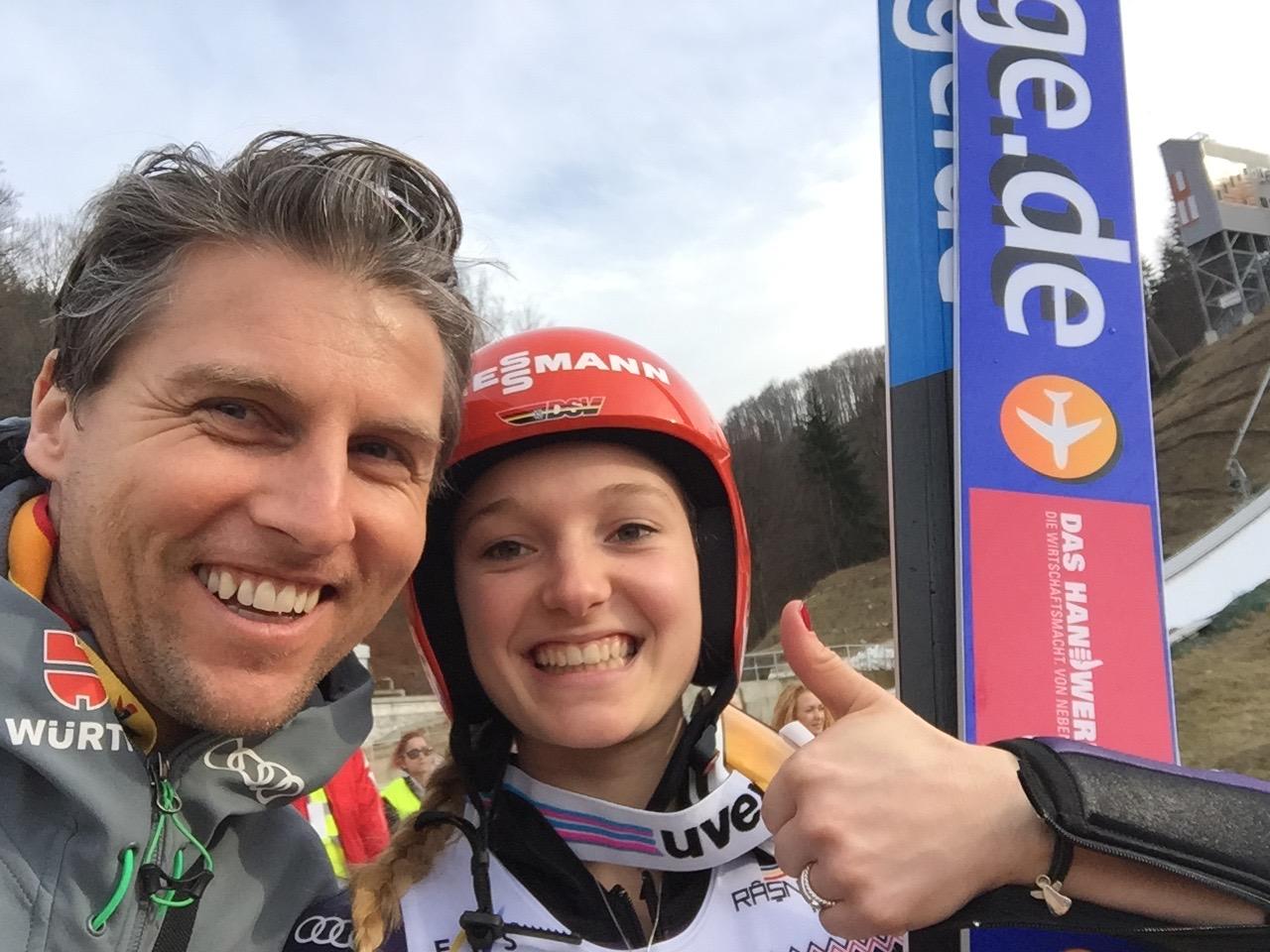 Referenz Skisprung Katharina Althaus
